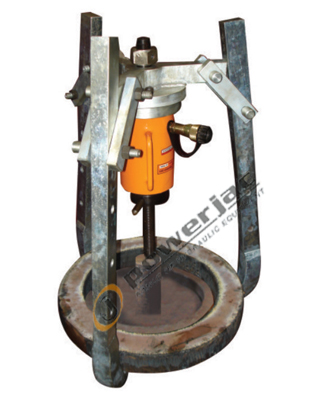 Puller Attachment Operated with Separate Hand Pumps