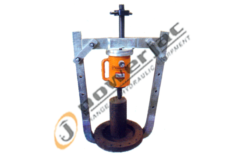Hydraulic Pin Puller Set : Hydraulic puller set with seperate hand pumps